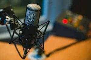 microphone 2618102 640