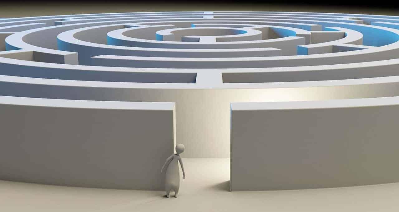 Labirinto normativo
