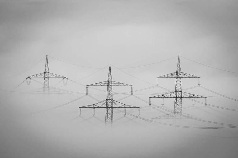 Nebbia Rete Elettrica